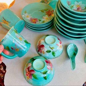 Vintage Chinese Porcelain Set